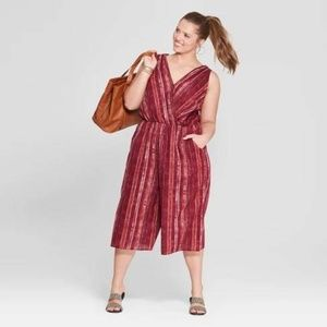 Universal Thread -Women's Striped Jumpsuit Medium
